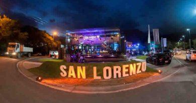 Exposición de Autos en Villa San Lorenzo