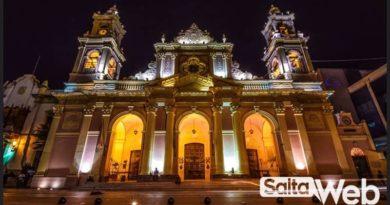 catedral de salta de noche