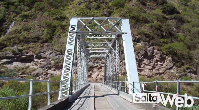 Puente Rio Escoipe