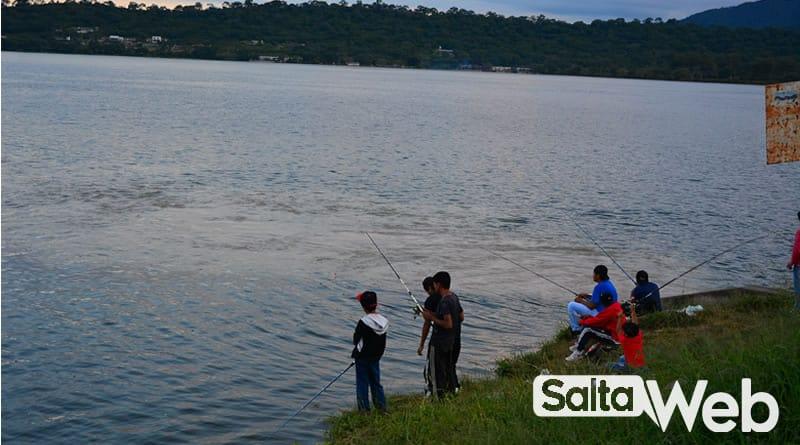 pescando en dique la ciénaga jujuy