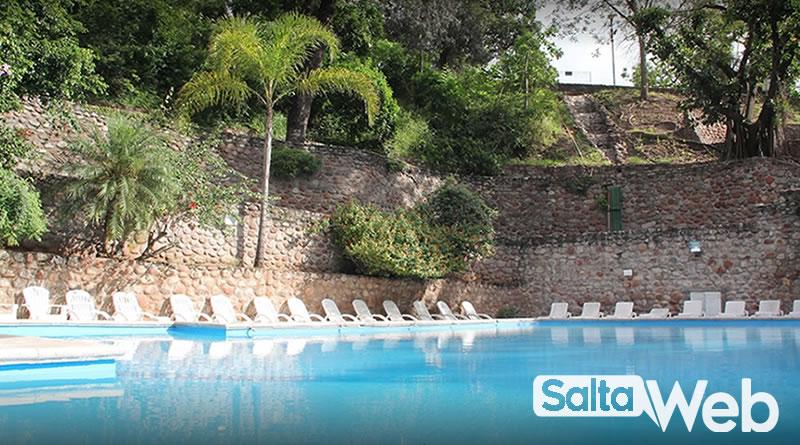 piscina hotel termas rosario de la frontera